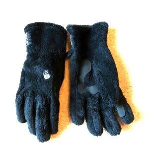 Mountain Hardwear fuzzy gloves